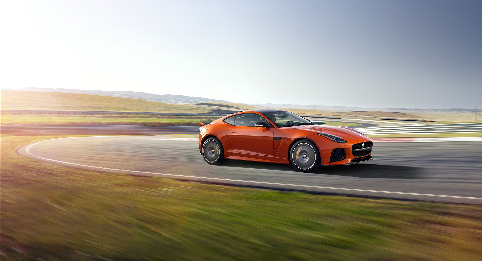 Jaguar F-TYPE SVR - 2016 - circuit / track - profil / side-face
