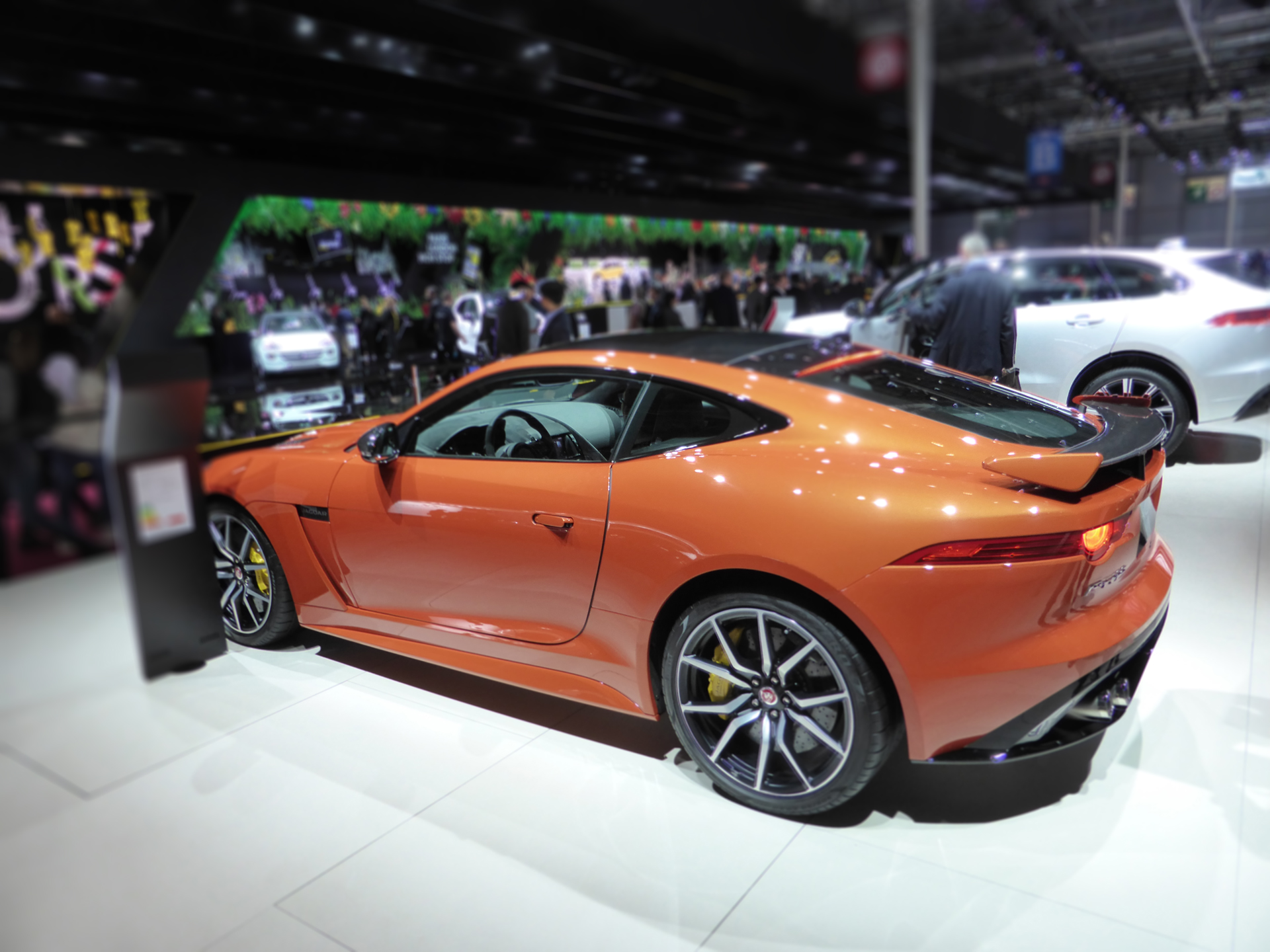 Jaguar F-TYPE - arriere / rear - 2016 - Mondial Auto - photo ELJ DM