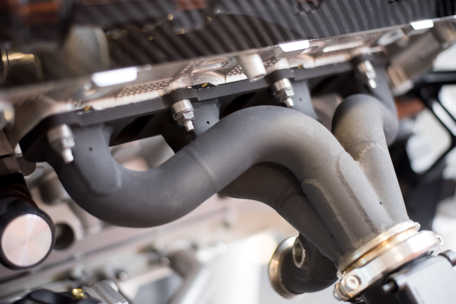 Koenigsegg engine V8 - Exhaust