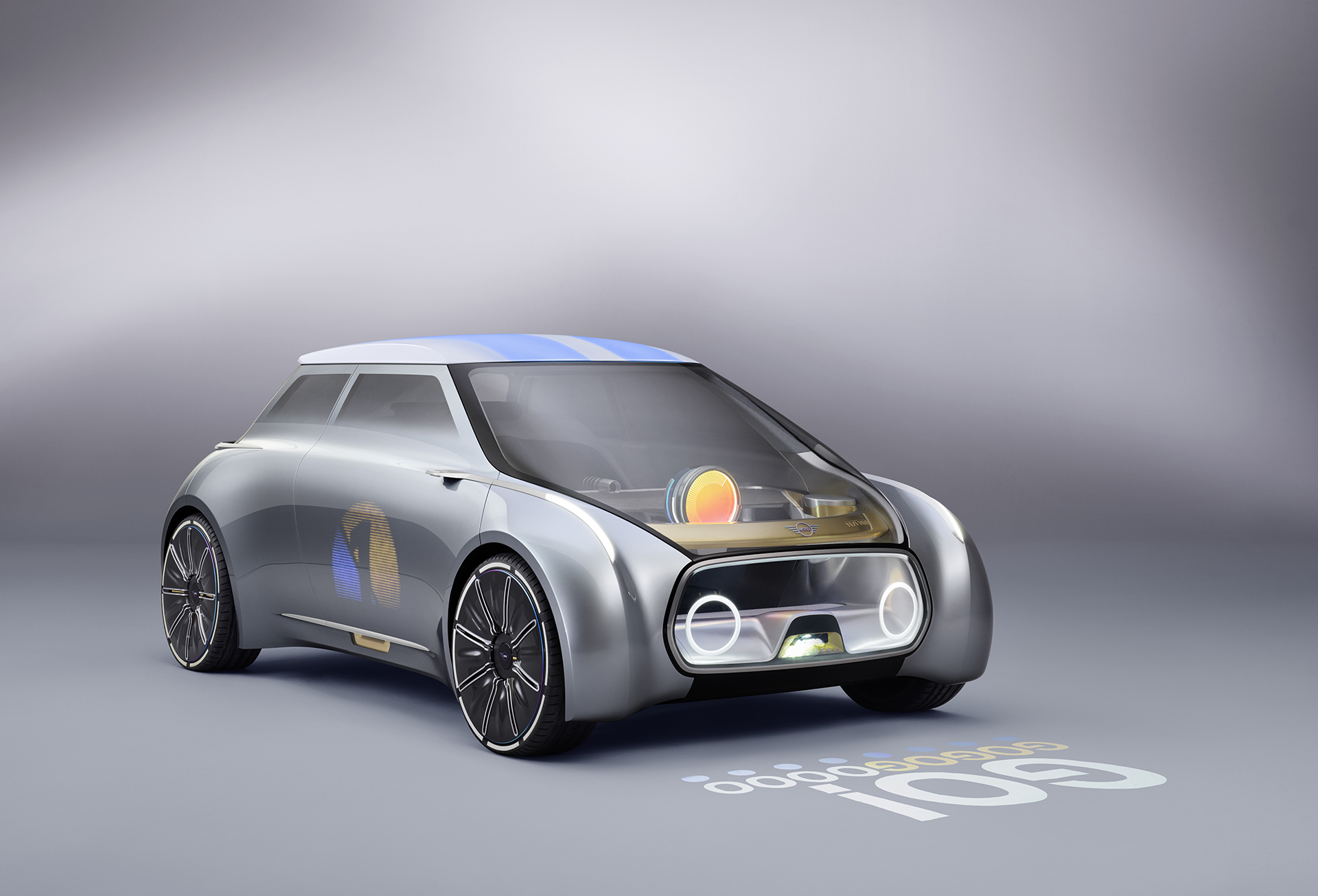 MINI VISION NEXT 100 - profil avant / front side-face