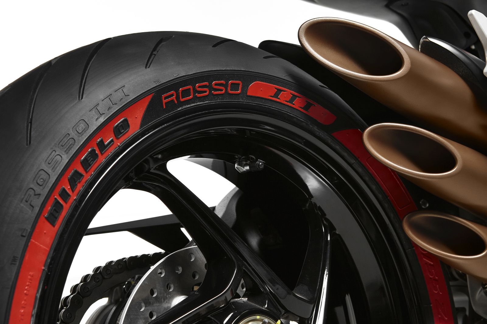 mv agusta pirelli diablo brutale. Black Bedroom Furniture Sets. Home Design Ideas