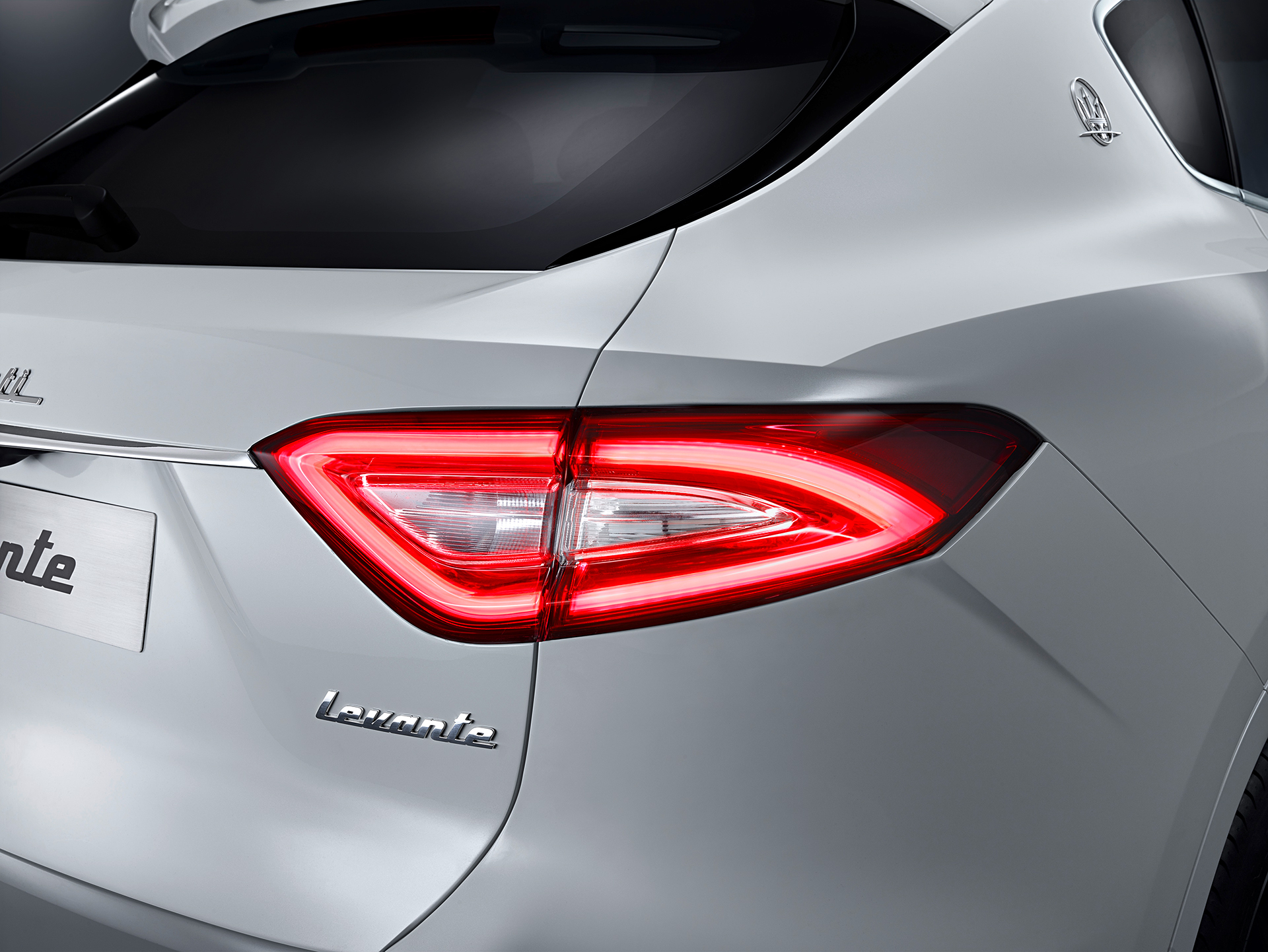 Maserati Levante - 2016 - rear light