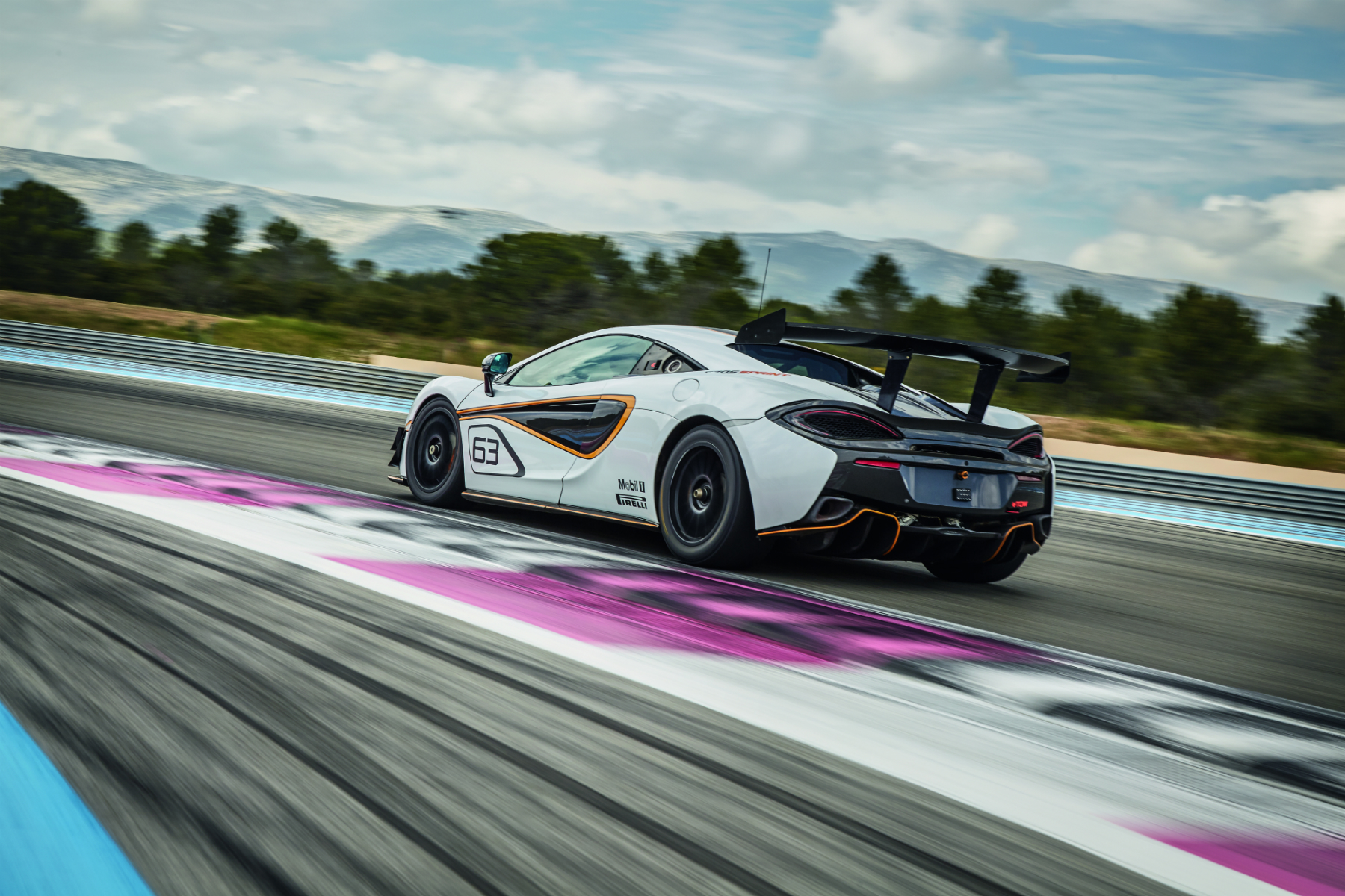 McLaren 570S Sprint - rear side-face