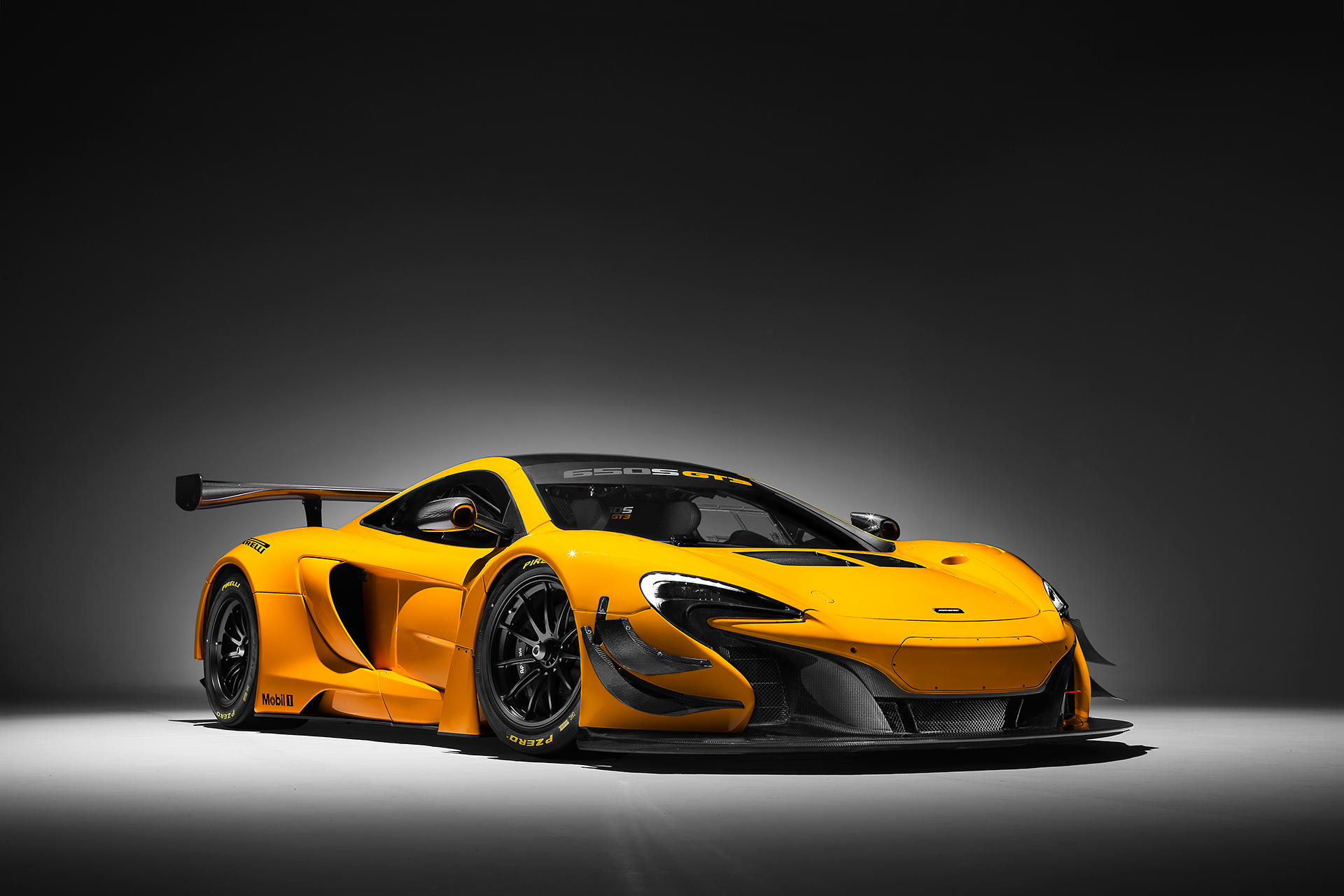 McLaren 650S GT3 - 2016 - rear side-face / profil avant