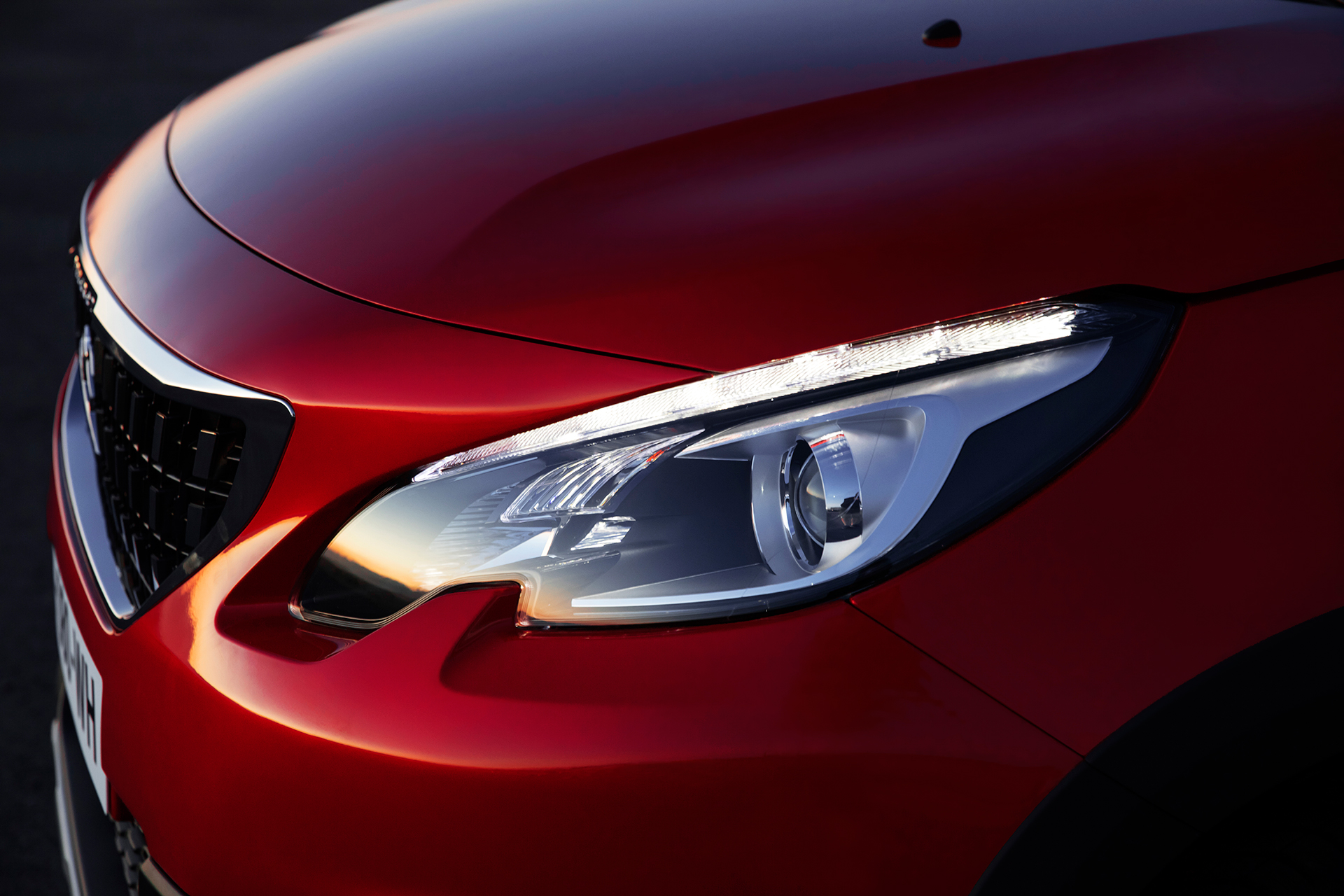 Peugeot 2008 - 2016 - optique avant / front light