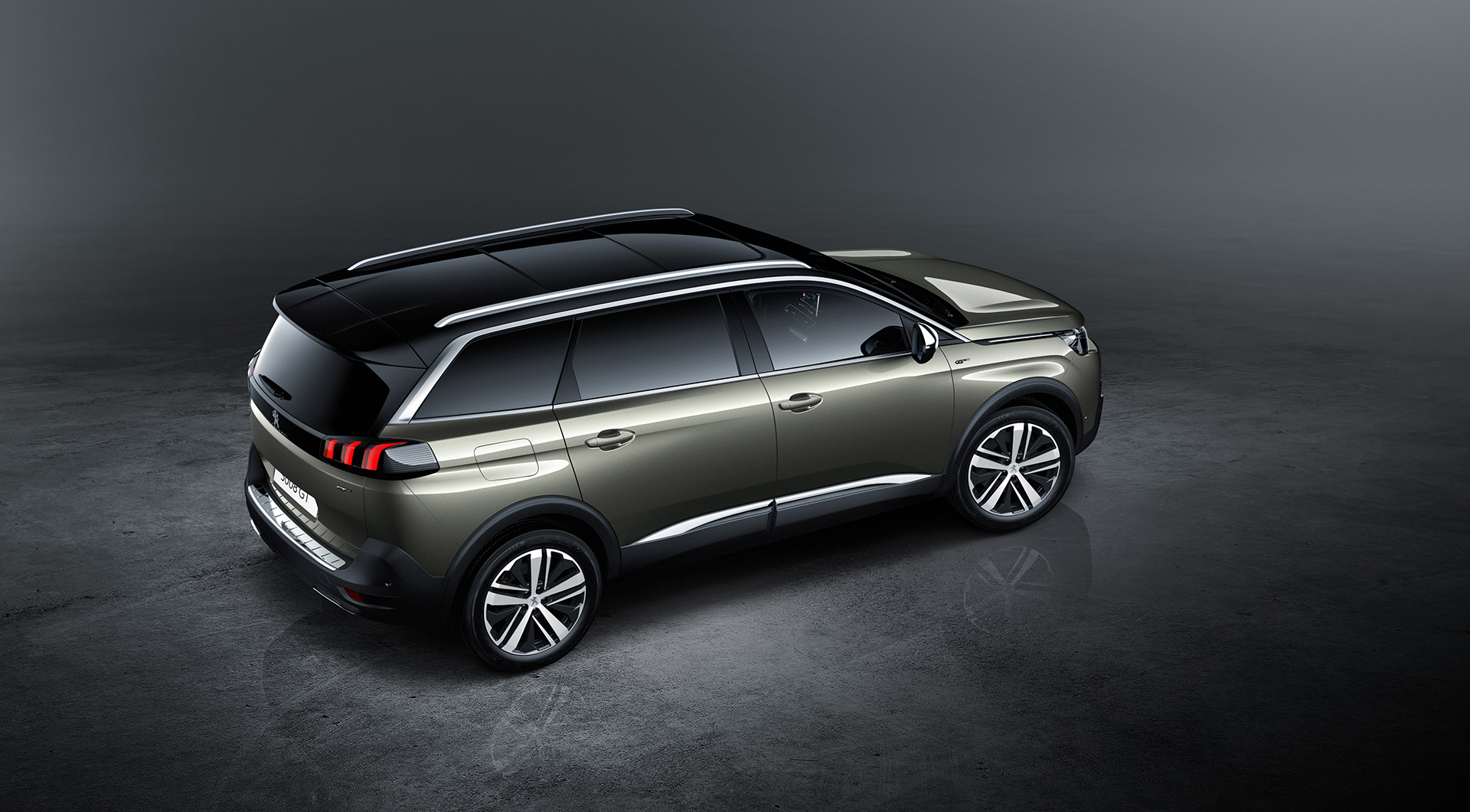 peugeot 5008 le grand lion sportif utility vehicle. Black Bedroom Furniture Sets. Home Design Ideas
