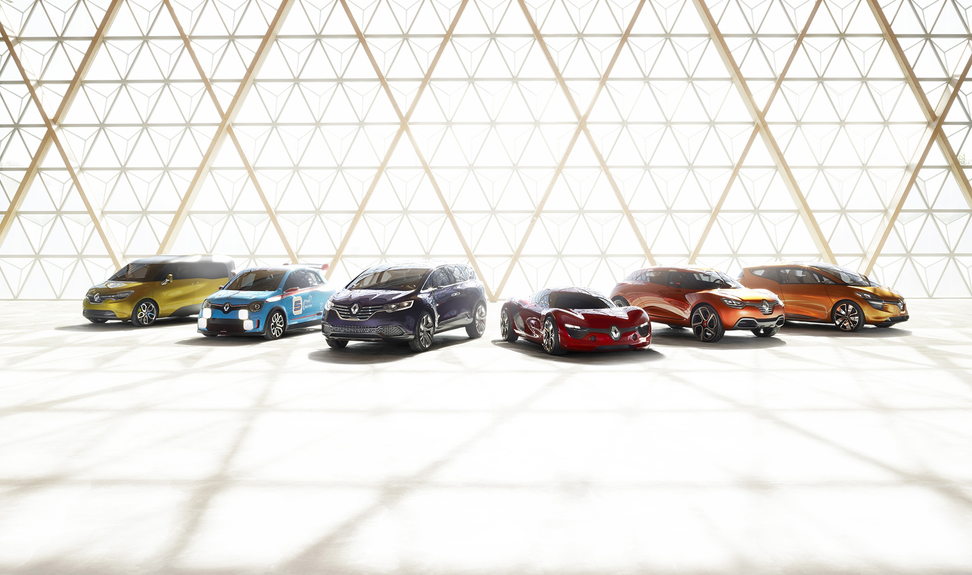 Renault Concept-cars - 2013 - Dezir - Captur - RSpace - Frendzy - Twin Run - Initiale Paris
