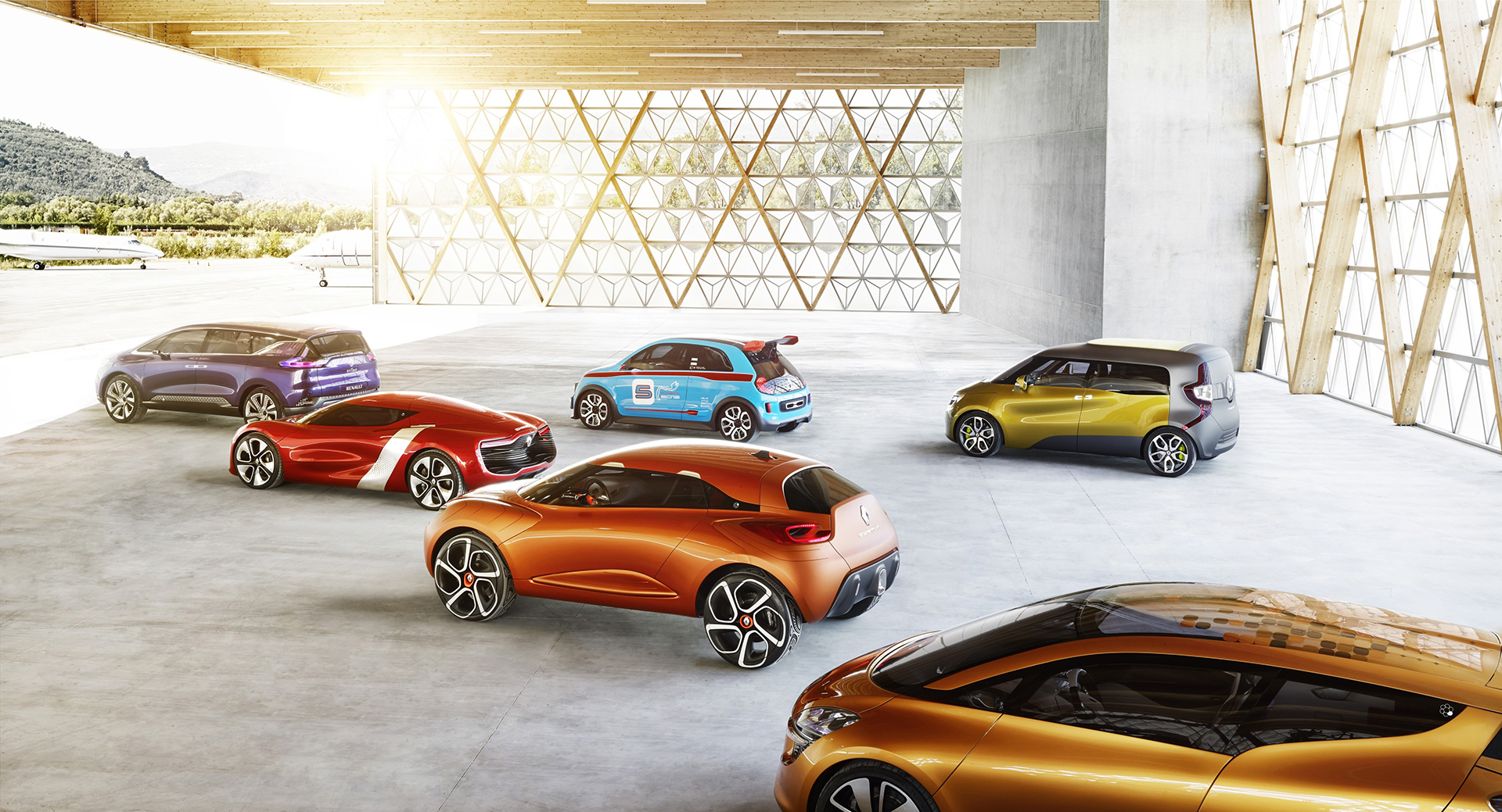 Renault Concept-cars - profil - 2013 - Dezir - Captur - RSpace - Frendzy - Twin Run - Initiale Paris