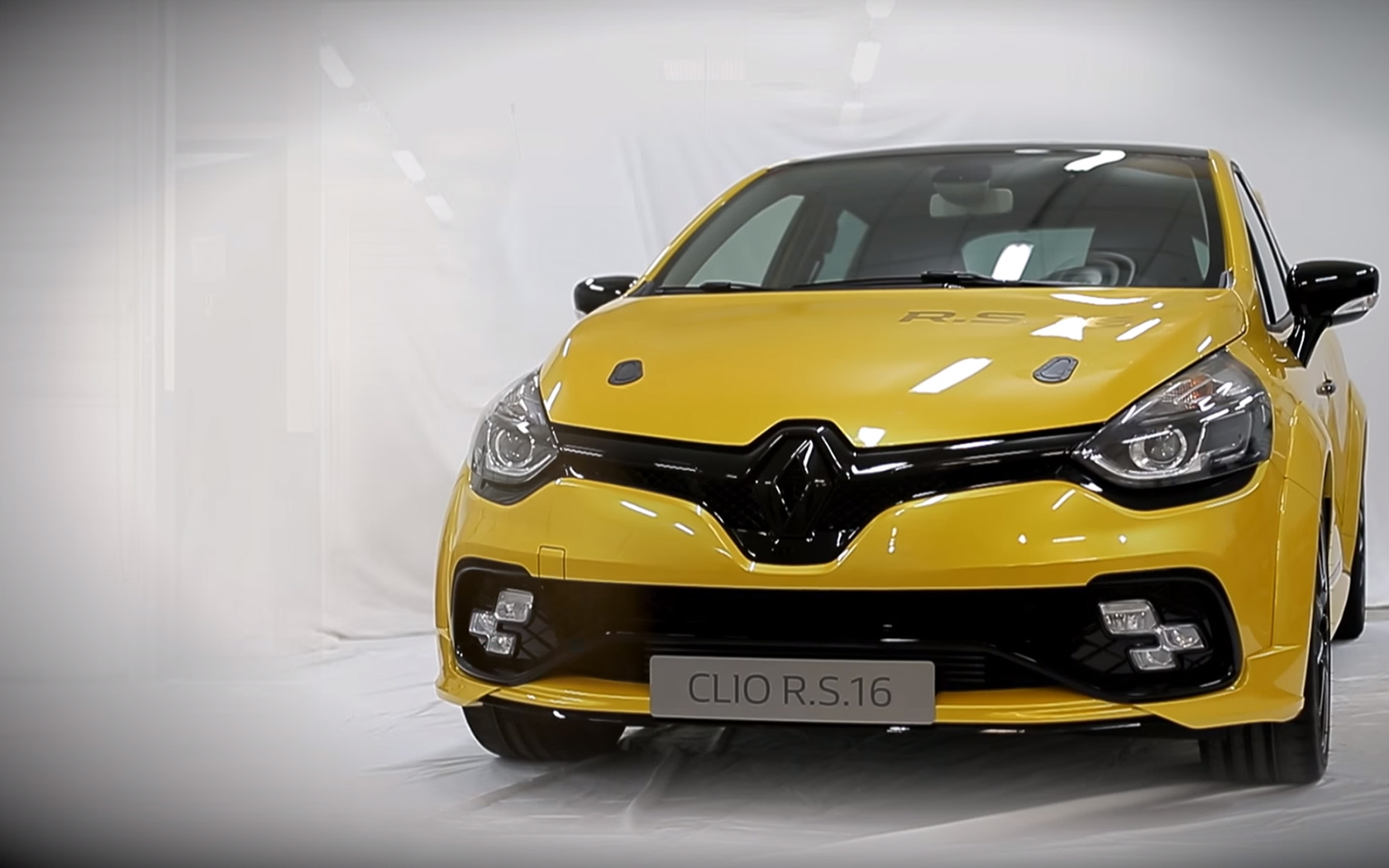 Renault Clio R.S.16 - work in progress - front / avant