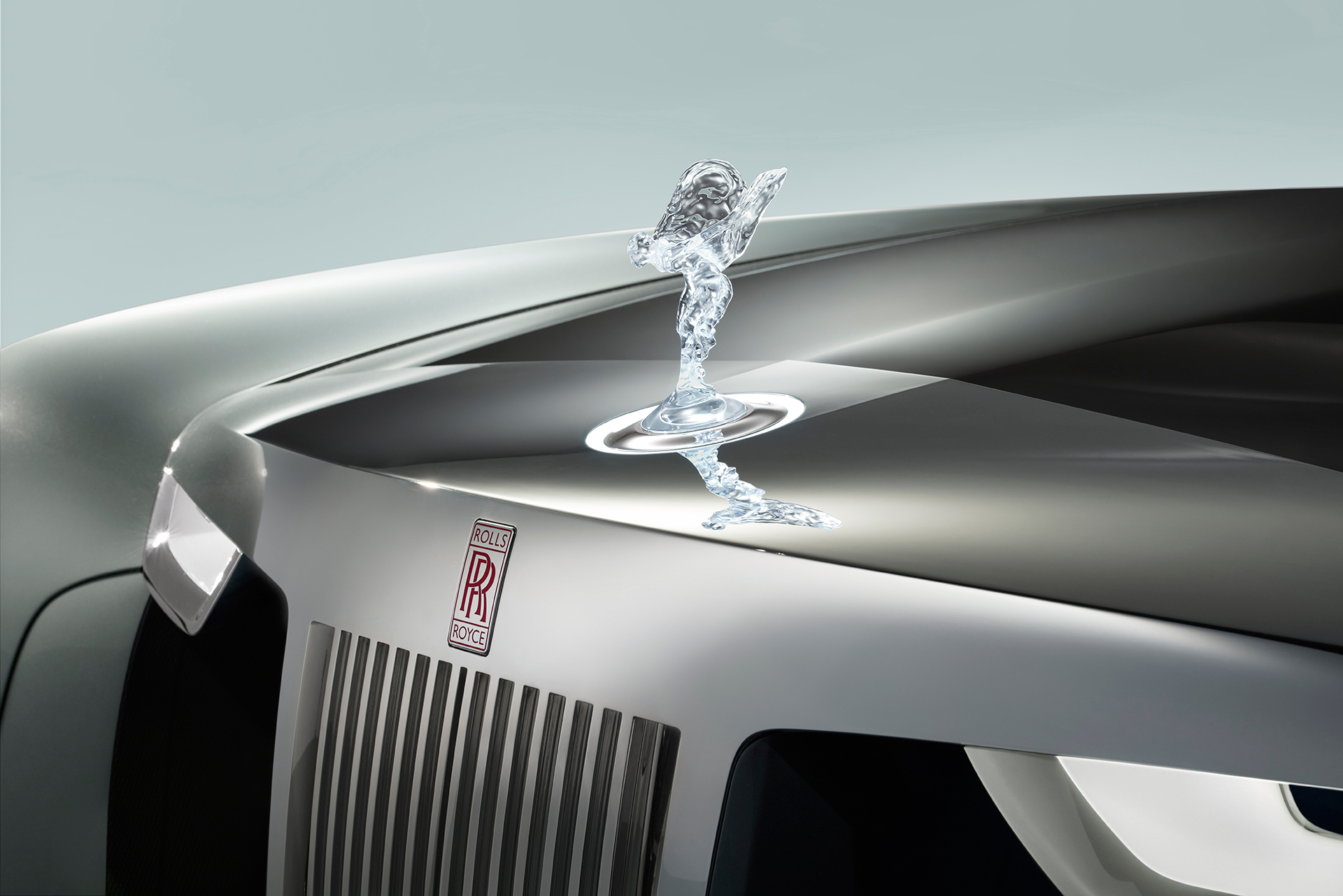 Rolls-Royce VISION NEXT 100 - Spirit of Ecstasy