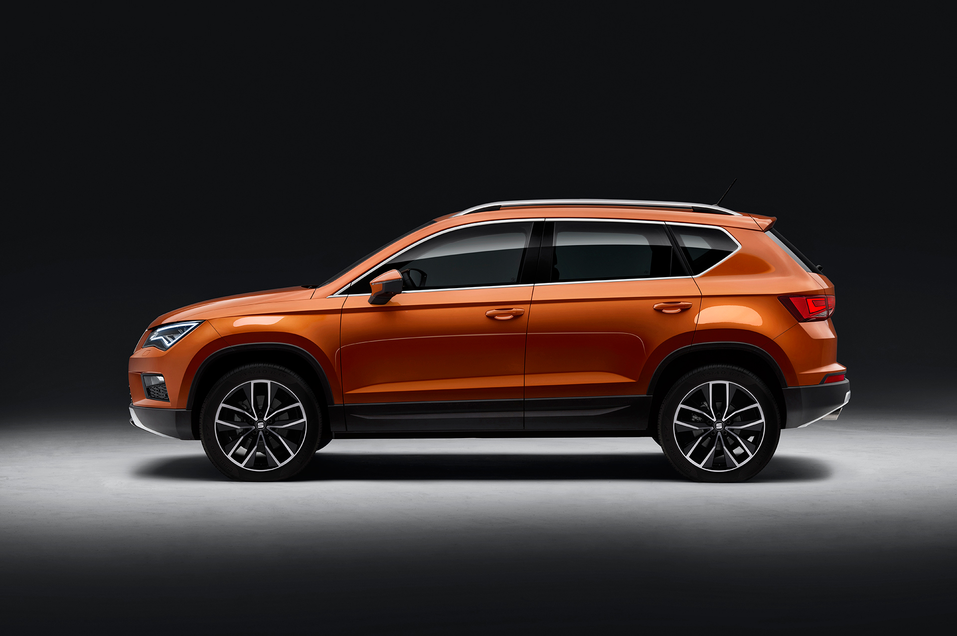 SEAT Ateca - 2016 - side-face / profil