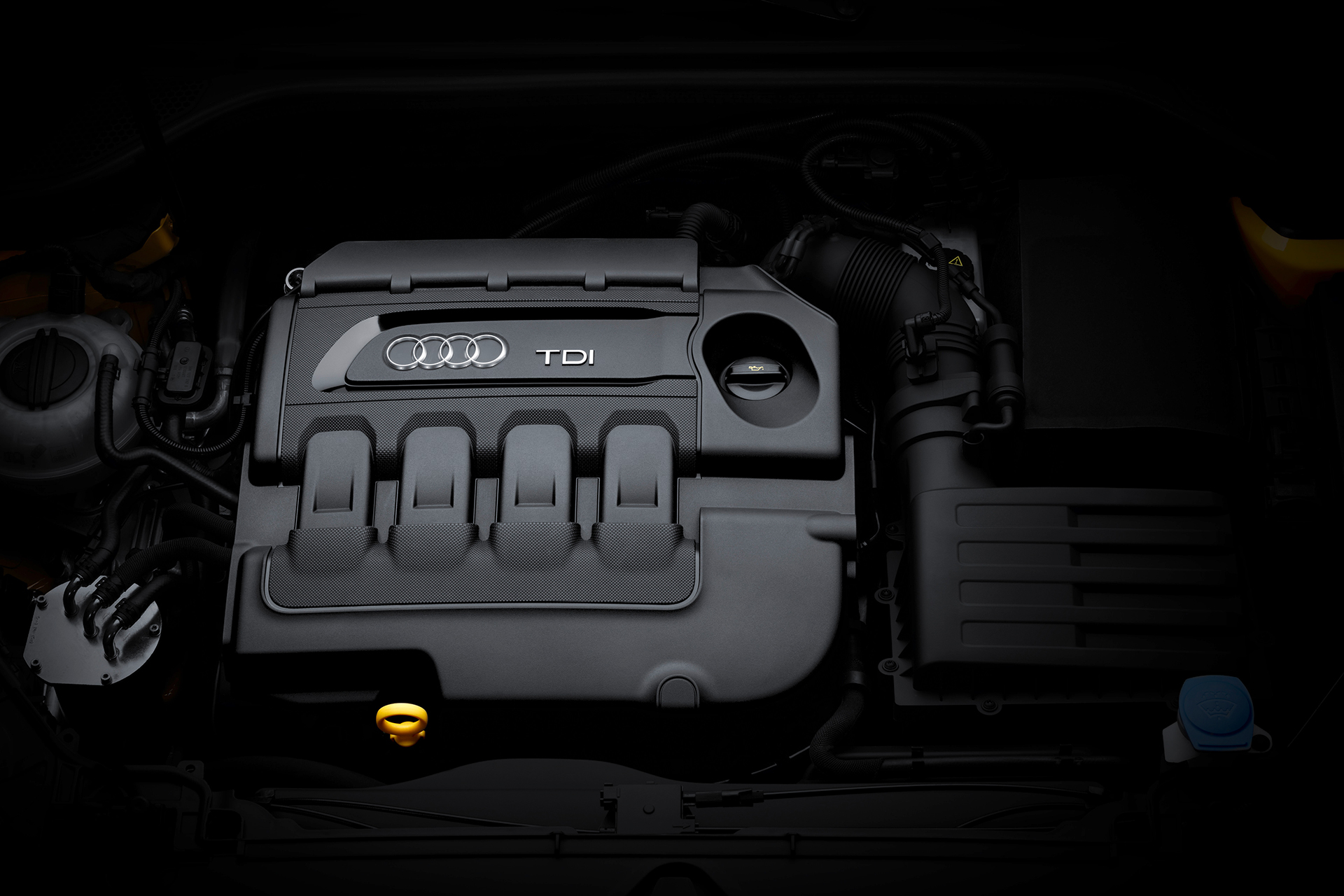 Audi Q2 - TDI - under the hood - sous le capot moteur