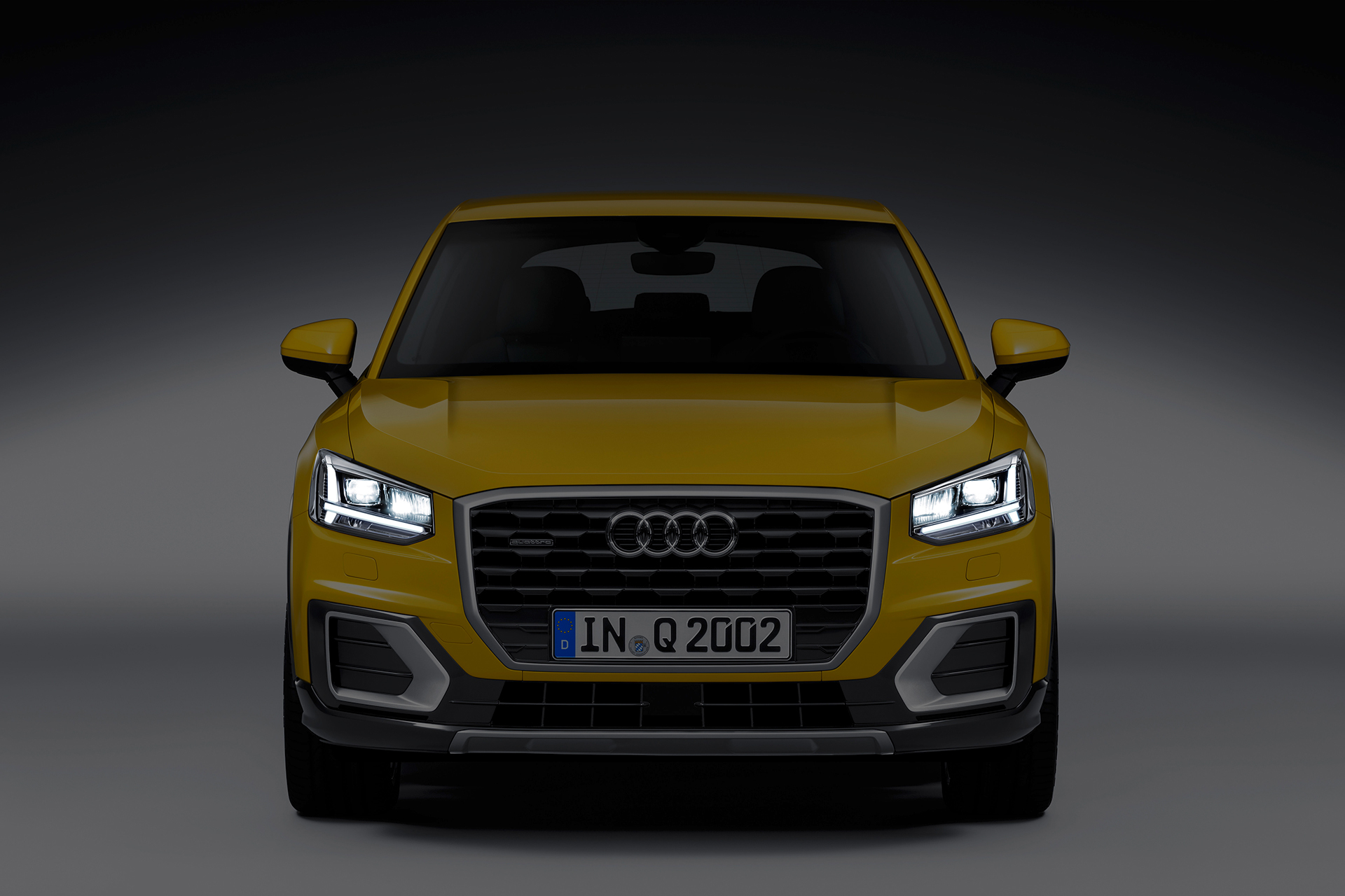 Audi Q2 TDI quattro 2016 - front light / signature lumineuse avant