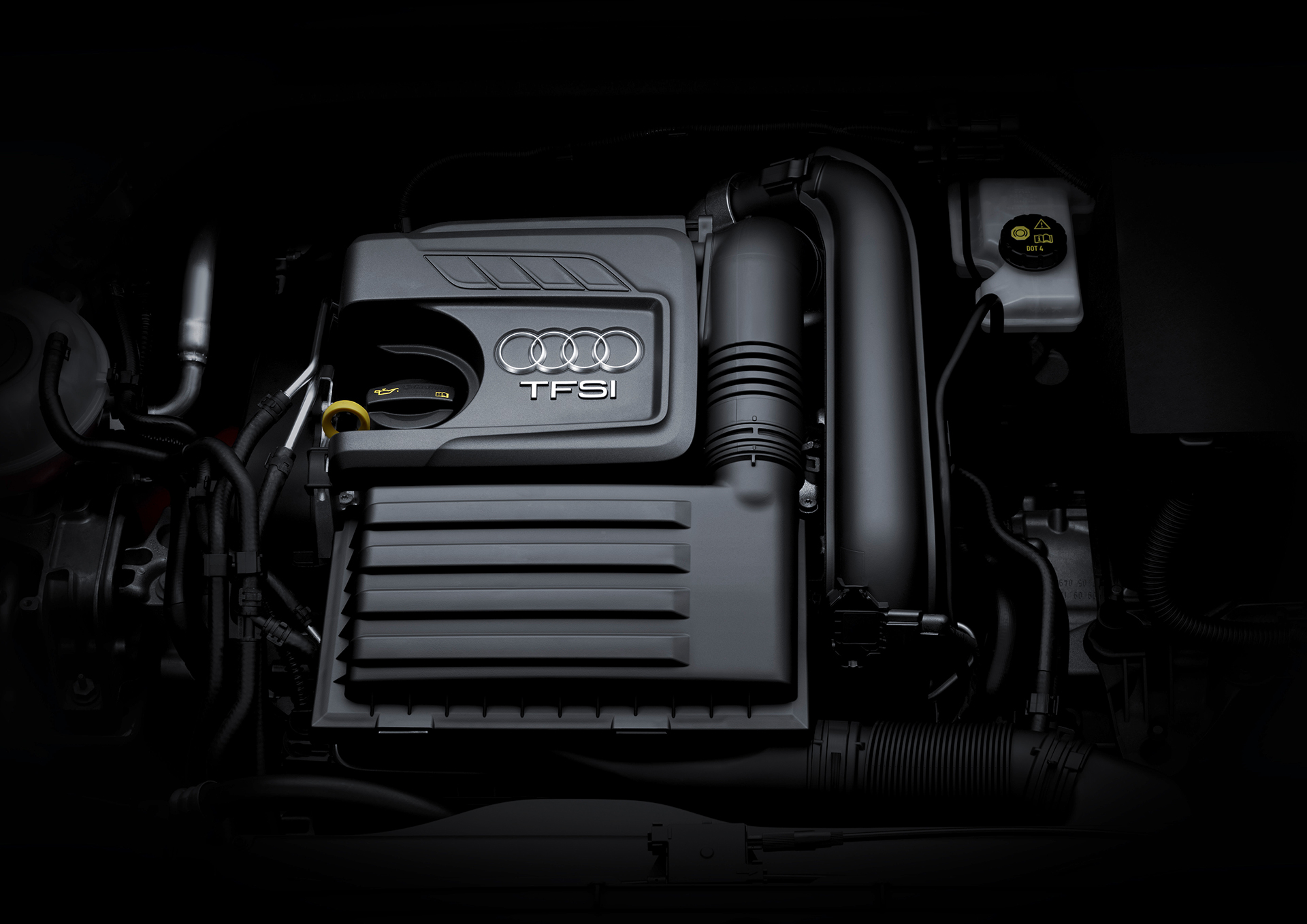 Audi Q2 - TFSI - under the hood - sous le capot moteur