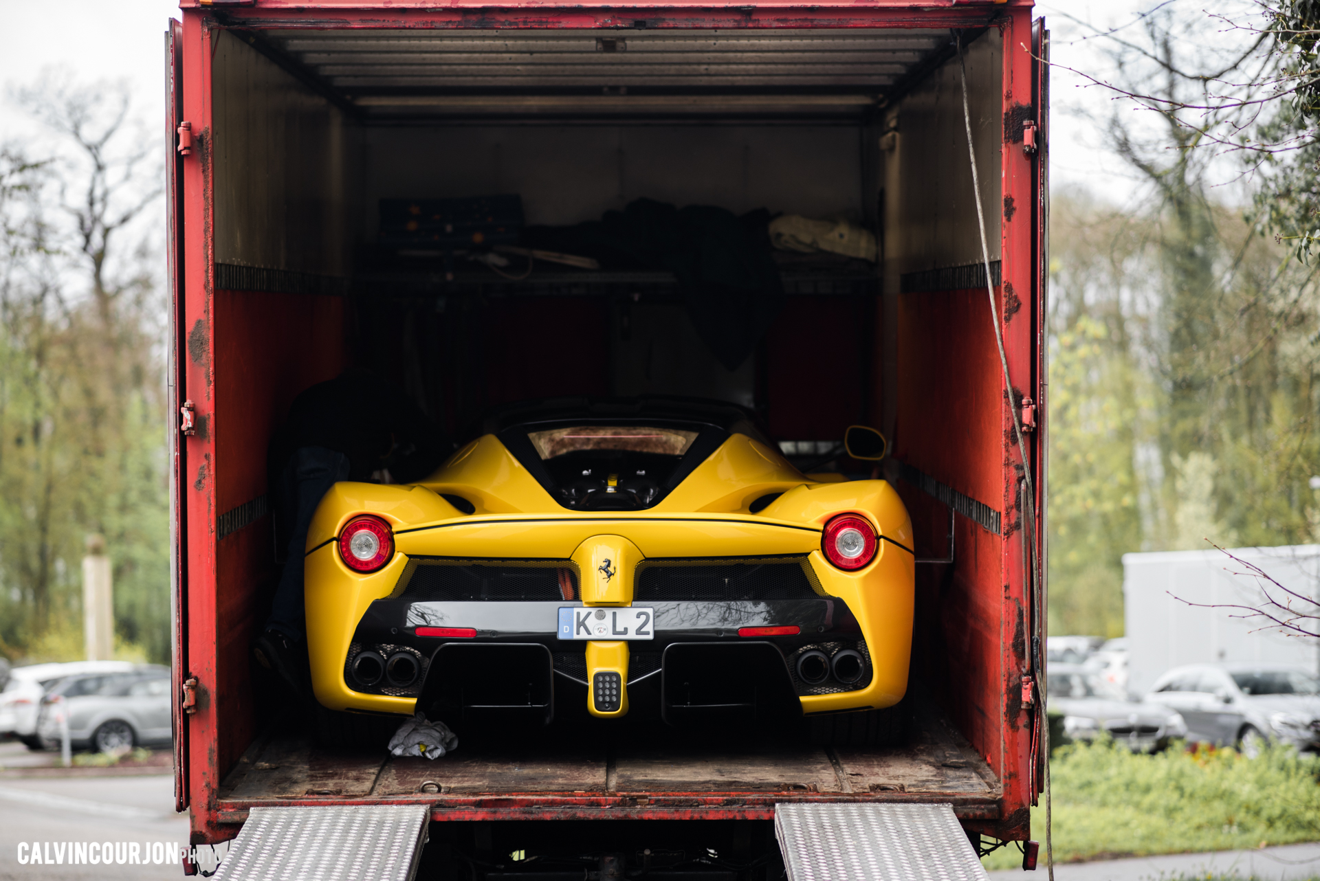Laferrari rear in truck - 2016 - Calvin Courjon Photographie