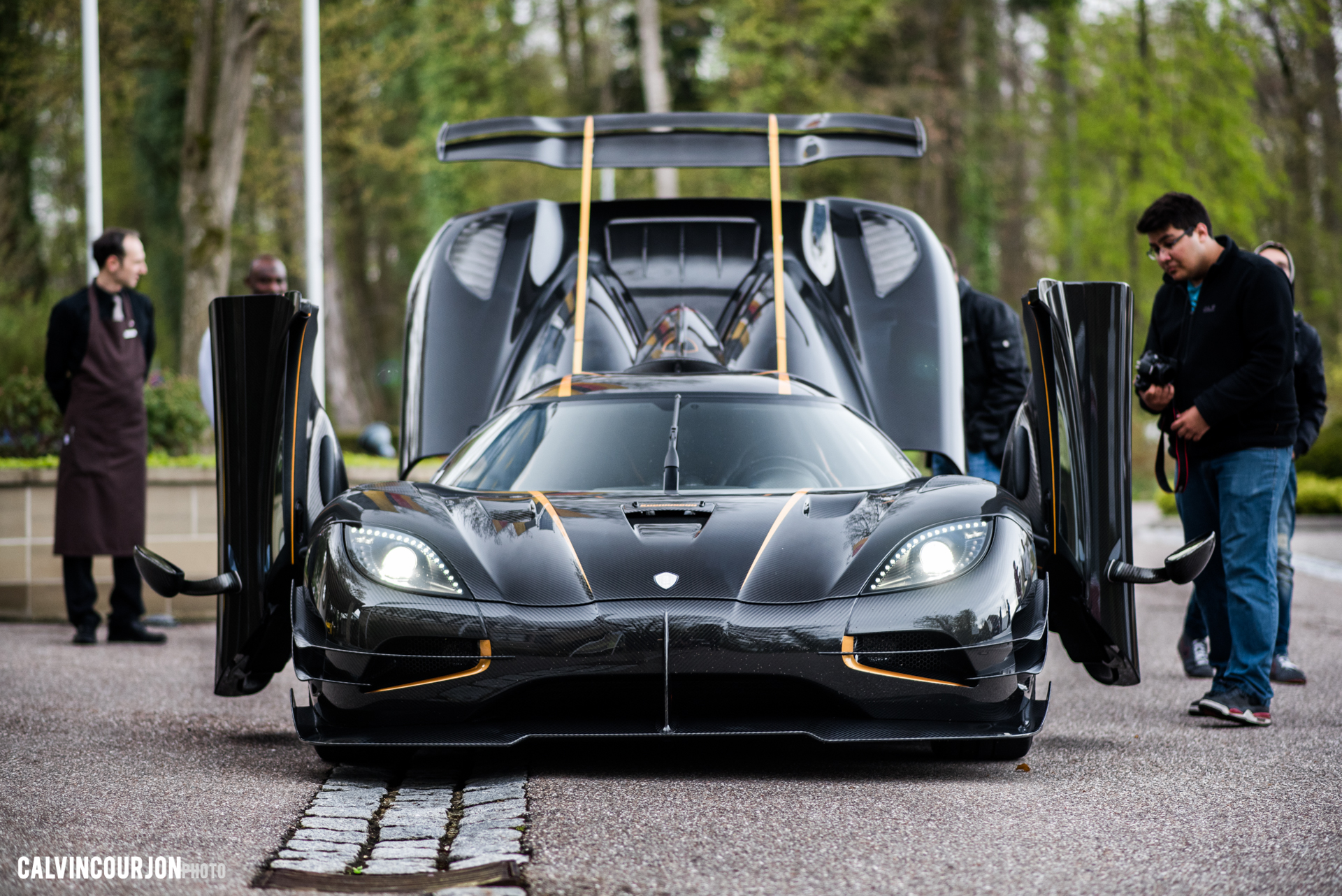 Agera One:1 open the hood - 2016 - Calvin Courjon Photographie